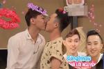 Trúng tiếng sét ái tình, cặp đồng tính nam công khai hôn đắm đuối trên truyền hình