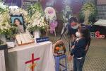 Trấn Thành - Hari Won và hội bạn thân showbiz tới tang lễ tiễn biệt Mai Phương-7