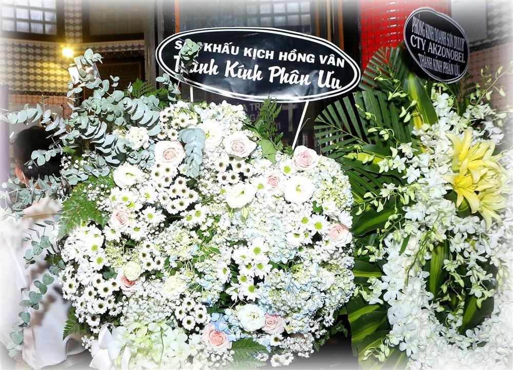 NSND Hồng Vân đăng ảnh Mai Phương ngồi bên Anh Vũ, tiết lộ lý do không đến tang lễ-2