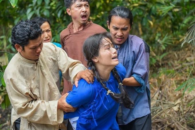 Sự cố phim trường ám ảnh sao Việt-10