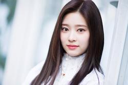 Nữ thần tượng được ví là đối thủ sắc đẹp của Irene (Red Velvet)