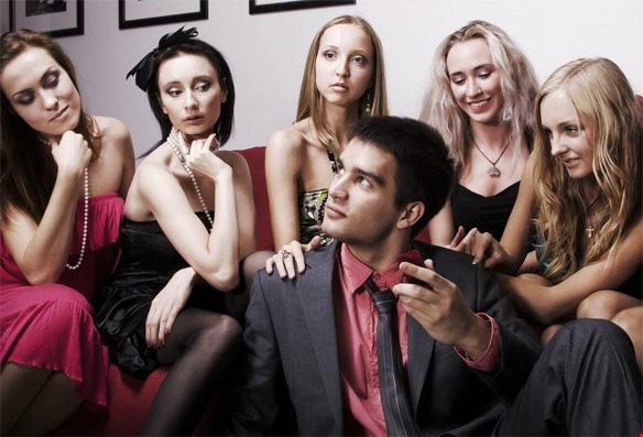 5 mẫu đàn ông dễ làm khổ vợ, phụ nữ cần suy nghĩ thật kỹ nếu có ý định kết hôn-2