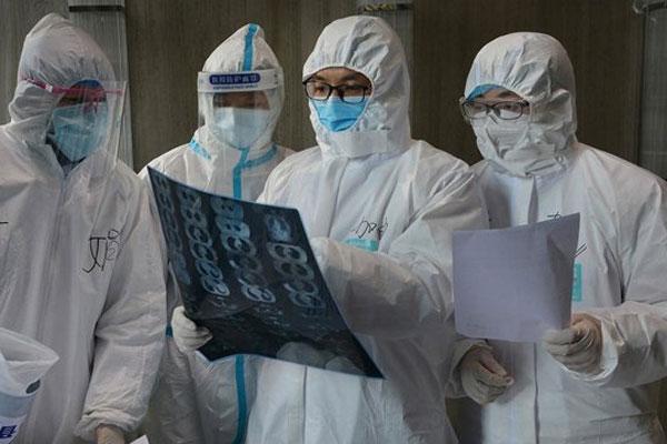 Hàn Quốc: Cả gia đình tái nhiễm COVID-19 sau khi xuất viện được 10 ngày-1