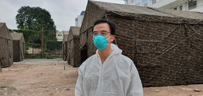 Dân mạng viết thư tay, gửi quà ủng hộ y bác sĩ tại bệnh viện Bạch Mai-5