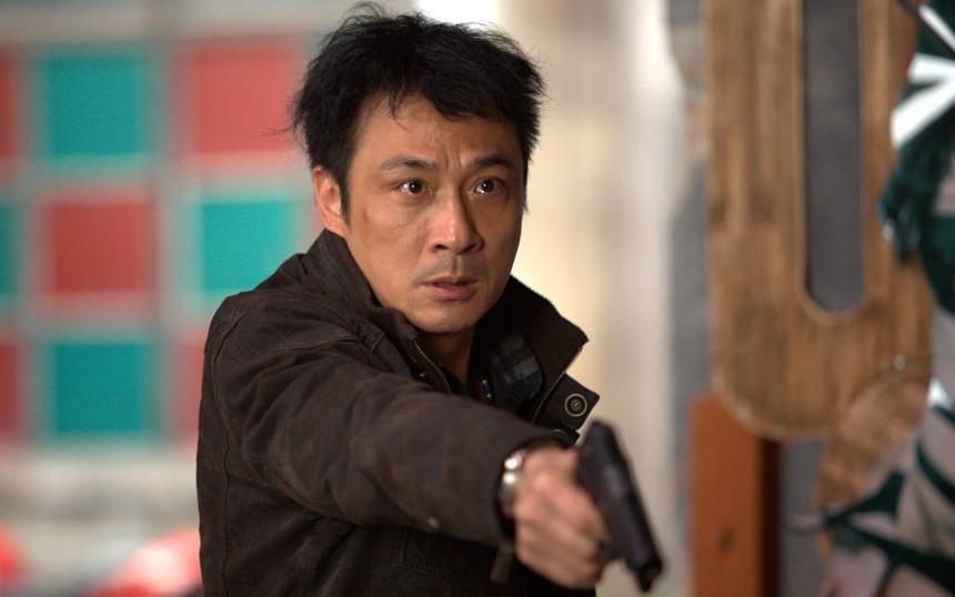 Lão điên của màn ảnh Hong Kong: đi lên từ vai ác, ngồi tù vì ăn trộm, đánh nhau bảo vệ vợ-4