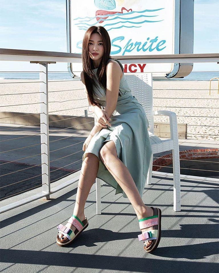 Song Hye Kyo hack tuổi trong bộ ảnh mới, dung nhan xinh đẹp đến nao lòng-11