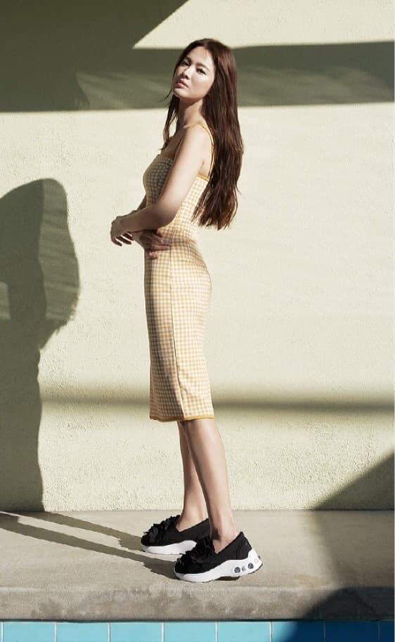 Song Hye Kyo hack tuổi trong bộ ảnh mới, dung nhan xinh đẹp đến nao lòng-2