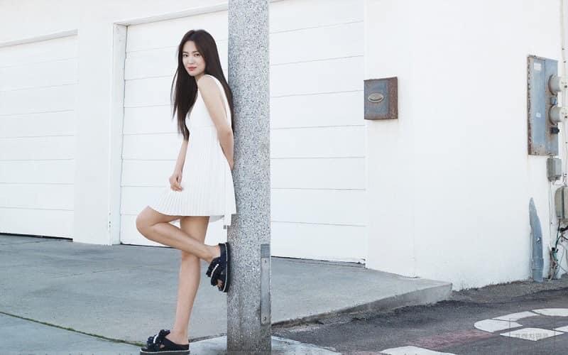 Song Hye Kyo hack tuổi trong bộ ảnh mới, dung nhan xinh đẹp đến nao lòng-8