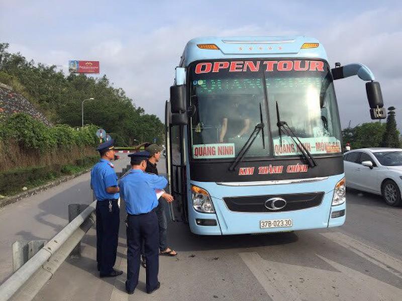 Hà Nội lập 26 chốt giao thông ở các cửa ngõ để chống COVID-19-1