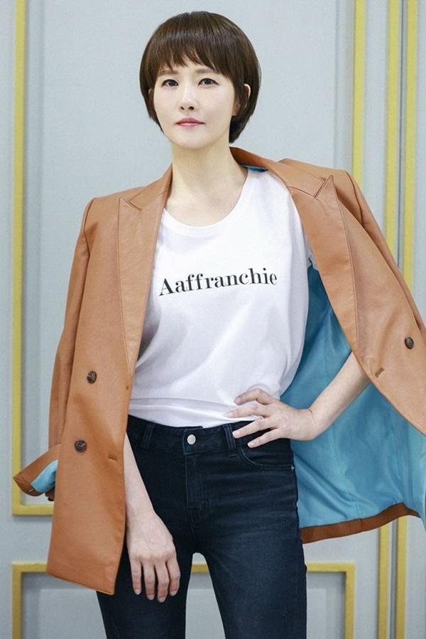 Dàn sao Tôi Là Kim Sam Soon sau 15 năm: Hyun Bin - Sun Ah đẹp giàu vẫn cô đơn; nữ phụ xuống sắc như bà cô già hậu thẩm mỹ-4