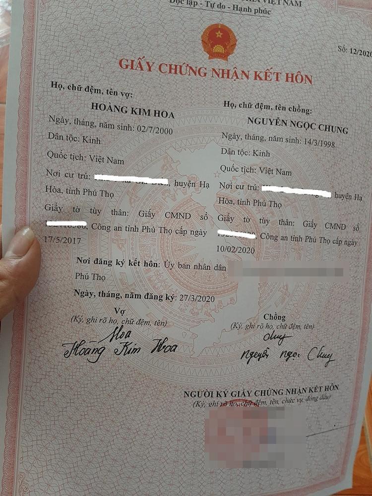 Cặp đôi Phú Thọ kết hôn sau 18 ngày hẹn hò, hành động chú rể ở lần đầu ra mắt nhà vợ mới choáng-2