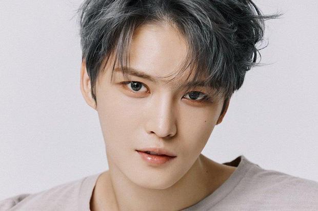 Tua lại những kiểu tóc thảm họa nhưng lại trở thành xu hướng 1 thời của Jaejoong (DBSK)-1