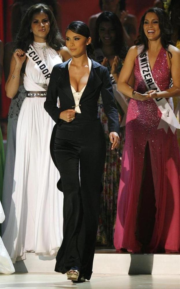 Bản tin Hoa hậu Hoàn vũ 1/4: Nụ cười HHen Niê lệch chuẩn nhất top 5-2