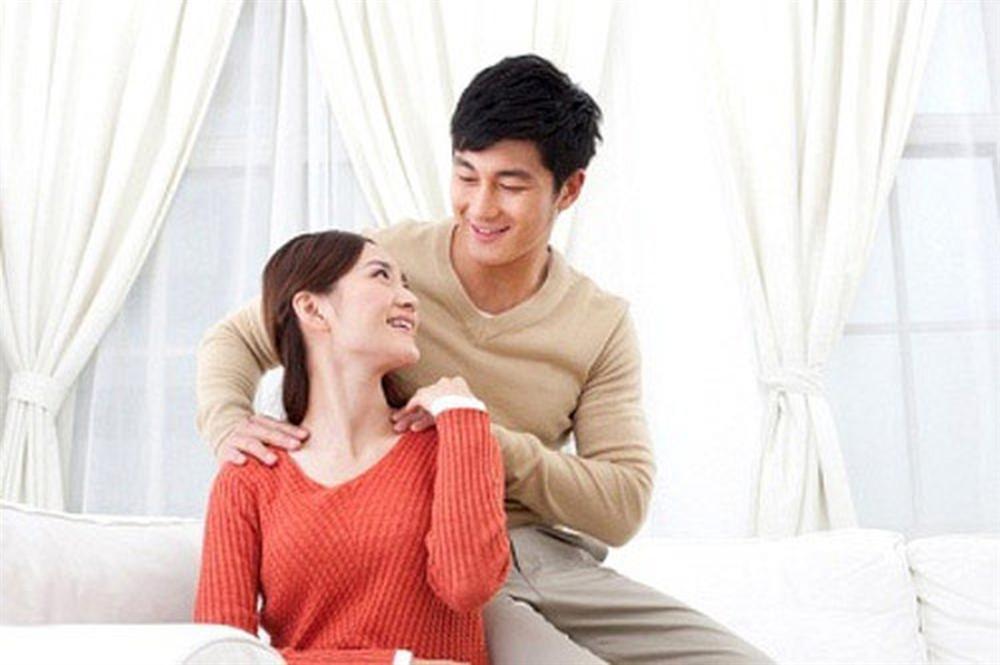 20 dấu hiệu chứng tỏ chồng vẫn yêu vợ sau nhiều năm chung sống-1