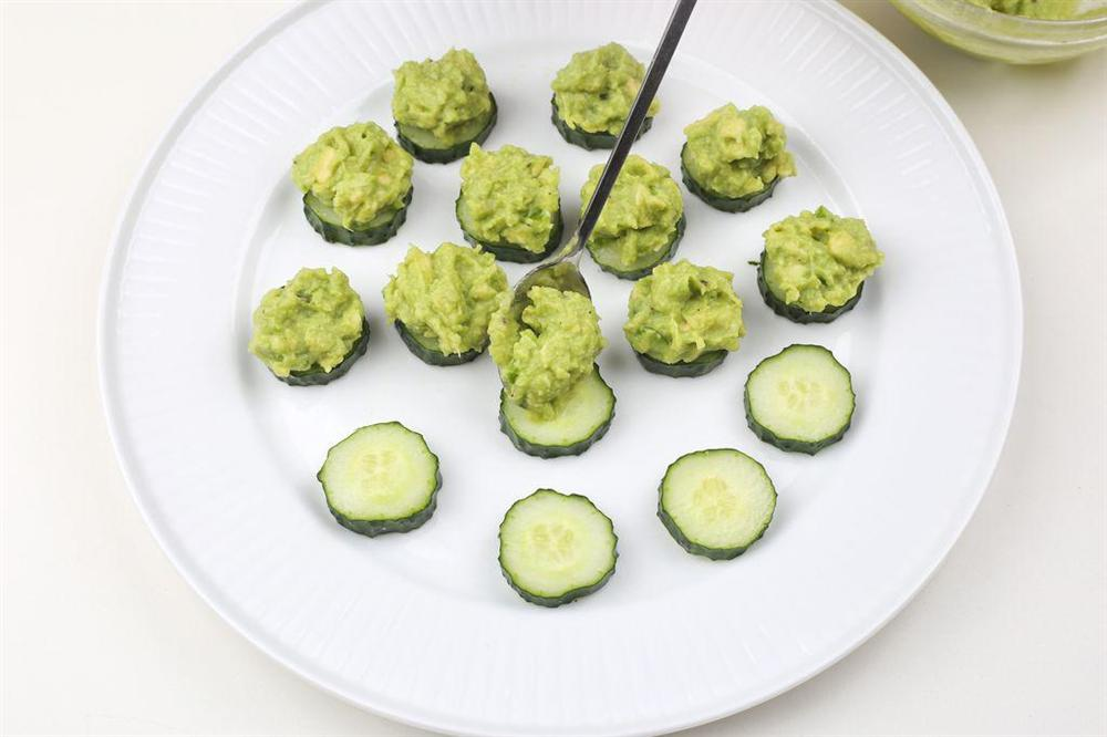 Salad bơ tôm vừa ngon lại bổ dưỡng chống ngán cho cả nhà-6