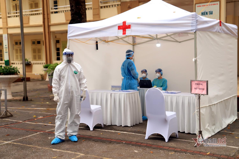 Thêm 4 bệnh nhân mắc Covdi-19 nâng tổng số lên 222, 1 ca đi thăm người nhà ở BV Bạch Mai-1