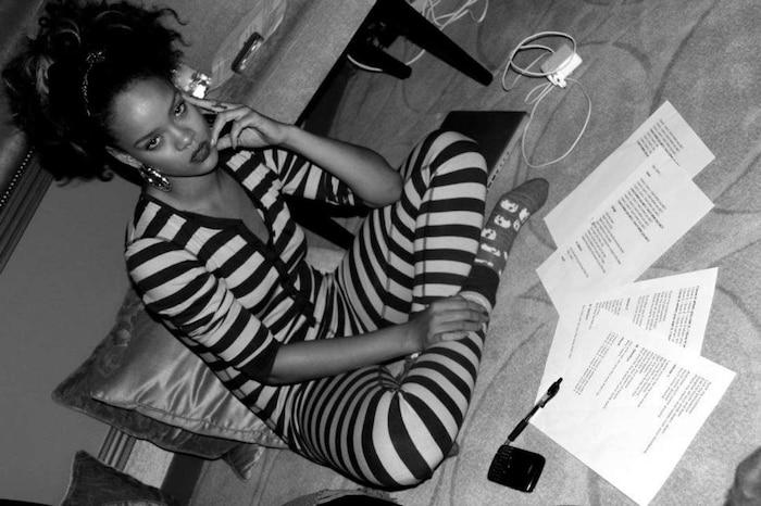 Rihanna: Tôi đang nỗ lực để hoàn thành album R9-1