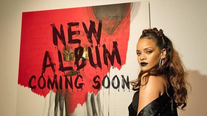 Rihanna: Tôi đang nỗ lực để hoàn thành album R9-5