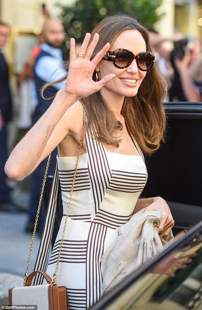 Angelina Jolie thay đổi như thế nào sau 4 năm chia tay Brad Pitt?-2