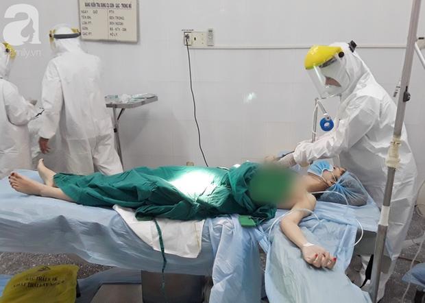Tây Ninh: Gần 10 bác sĩ mặc đồ bảo hộ cứu nữ bệnh nhân vỡ thai ngoài tử cung khi đang cách ly tập trung-3