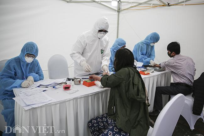 Test nhanh tại Hà Nội, phát hiện 3 ca nghi nhiễm Covid-19 ngày 2/4-4