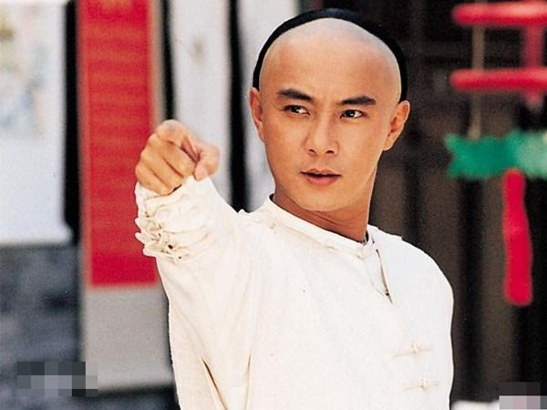 Nam thần TVB một thời lừng lẫy: đánh gãy chân bạn diễn, sở hữu khối tài sản hàng triệu USD-3