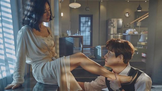 Màn ảnh Hàn tháng 4: Bom tấn của Lee Min Ho cũng phải dè chừng loạt phim hot không kém này-6