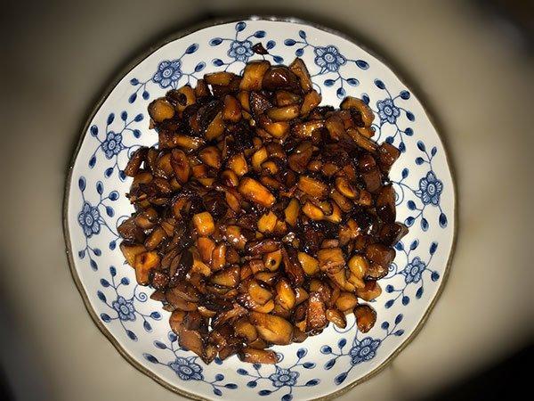 Ăn nhiều thịt ngán ngấy, vợ đảm làm ngay món ăn thanh mát từ cải bó xôi-2