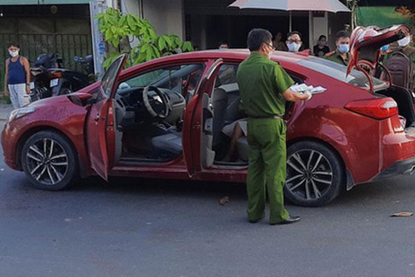 Clip: Đang lái xe ô tô, người đàn ông bị chém đứt lìa tay ở Sài Gòn-2