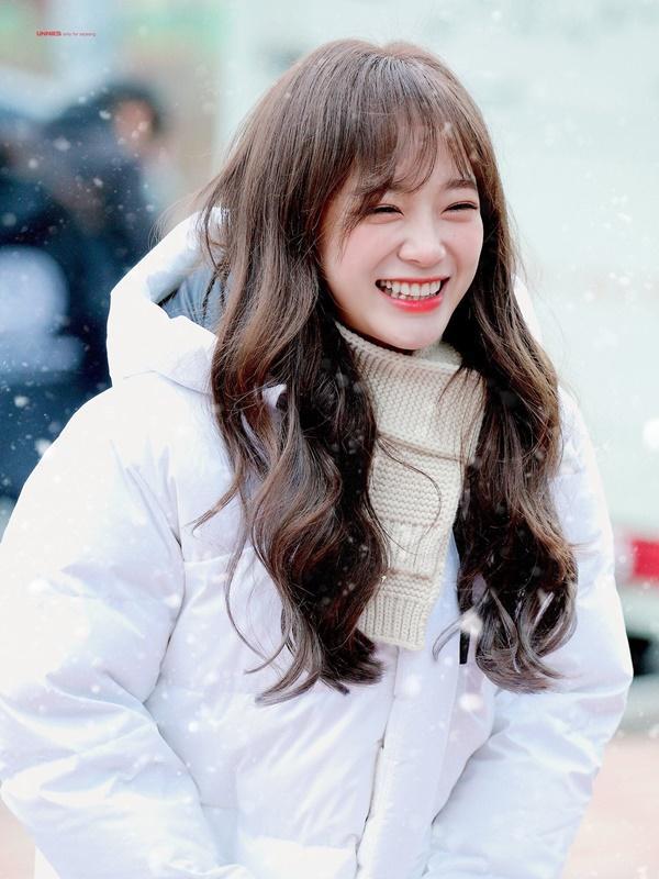 Tiểu Kim Taeyeon solo trong ê chề: Lượng album bán ra còn thua cả sản phẩm đã ra mắt 1 năm của Twice, Black Pink-1