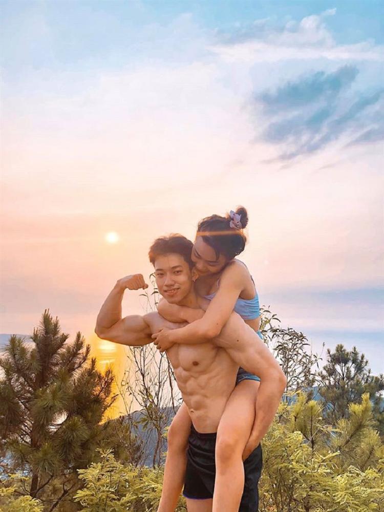 Trúng tiếng sét ái tình với chàng phi công 6 múi, cô nàng quyết tâm thả thính và mối tình ngọt ngào nơi phòng tập gym-3
