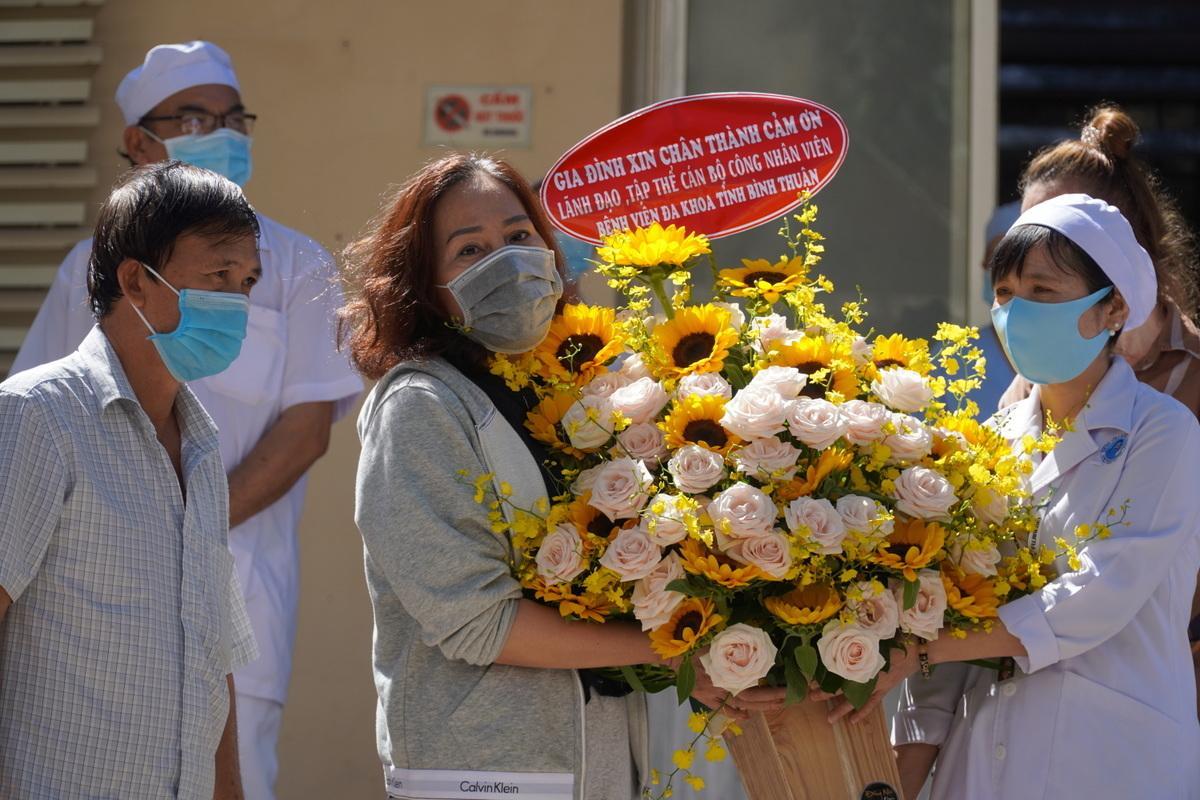 7 người trong gia đình bệnh nhân số 34 siêu lây nhiễm Covid-19 và 3 người khác đã hoàn toàn khỏi bệnh-2