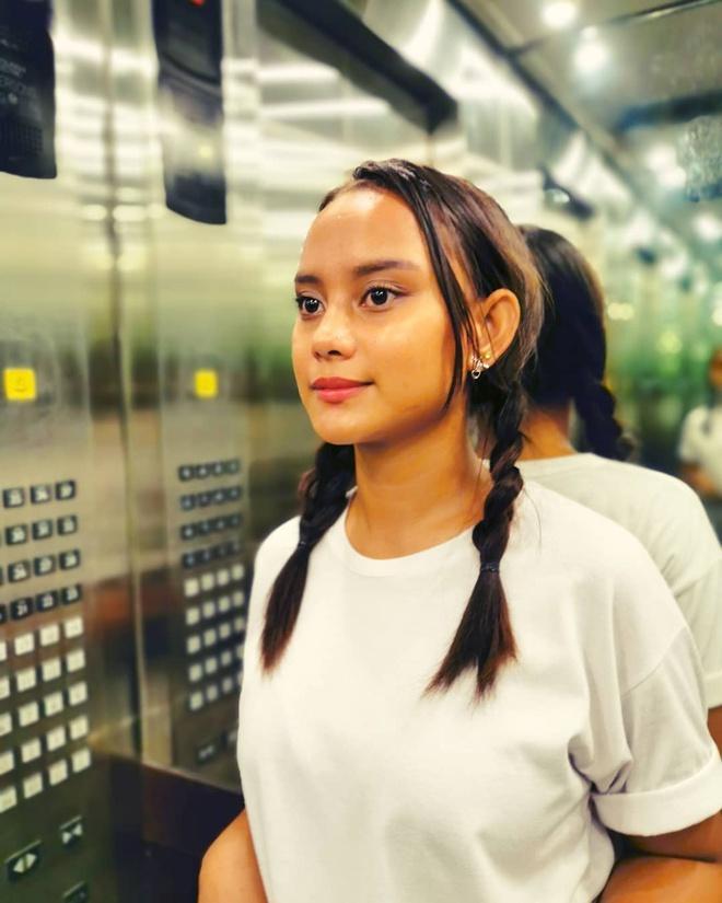 'Cô bé ăn xin' nổi tiếng 4 năm trước đổi đời nhờ làm người mẫu-8