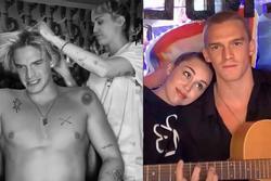 Miley Cyrus cắt tóc cho bạn trai