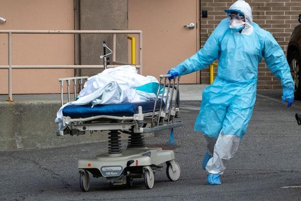 Ngày chết chóc nhất ở Mỹ vì Covid-19, hơn 1.000 người chết trong 24h-1