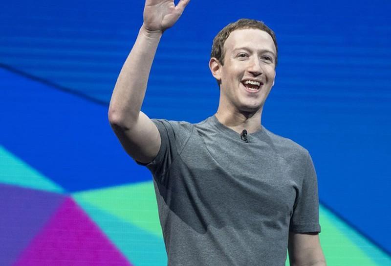 Sự thật thú vị về những chiếc áo phông xám ngày nào Mark Zuckerberg cũng mặc-1