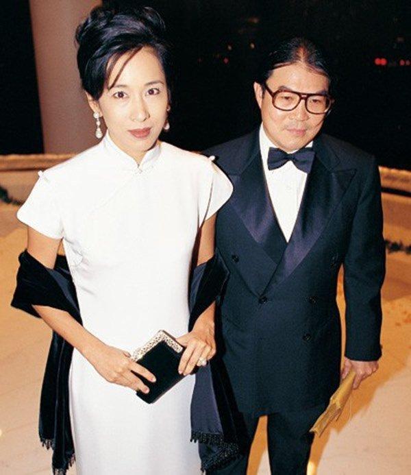 Hoa hậu Hồng Kông ly hôn tỷ phú lấy đại gia, ngày tái hôn được cho 60 nghìn tỷ-3