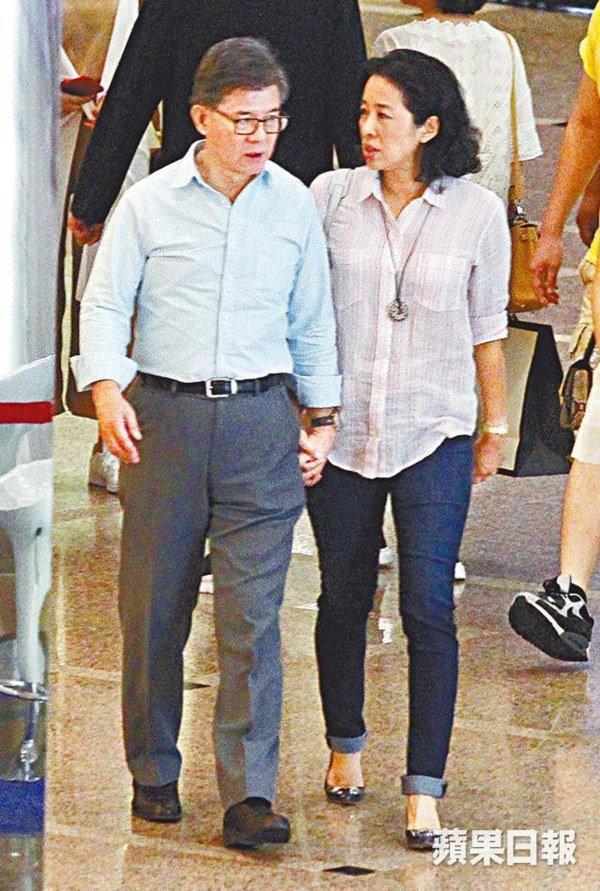 Hoa hậu Hồng Kông ly hôn tỷ phú lấy đại gia, ngày tái hôn được cho 60 nghìn tỷ-4