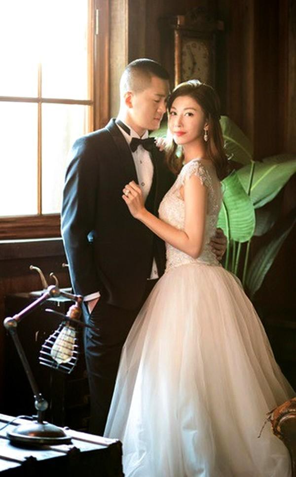 Mỹ nhân TVB đình đám một thời: bị ép bán dâm, bán quần áo mưu sinh, đổi đời nhờ chồng đại gia-7