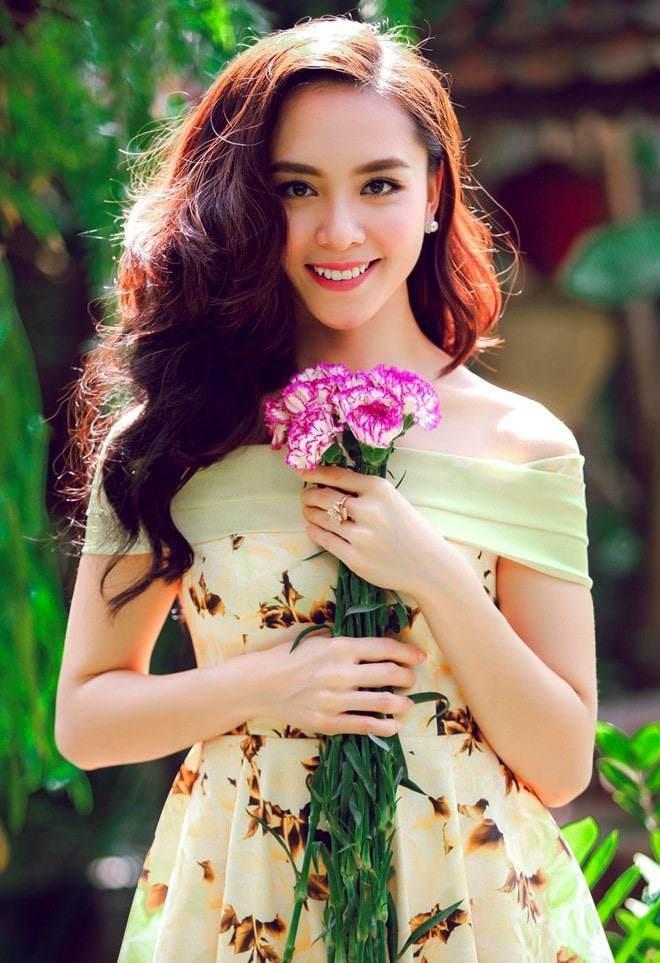 Mỹ nhân Việt sinh năm 1989: Người có hôn nhân viên mãn, người mang tiếng con giáp thứ 13-15
