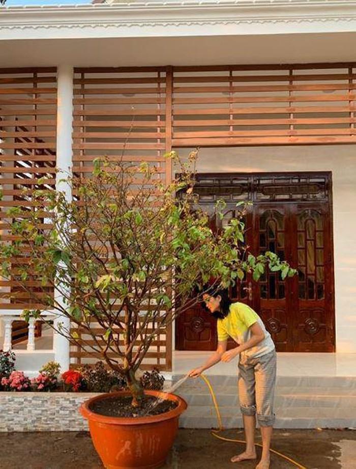 Thực hư hoa hậu HHen Niê lấy chồng sau khi xây xong nhà mới cho bố mẹ-1