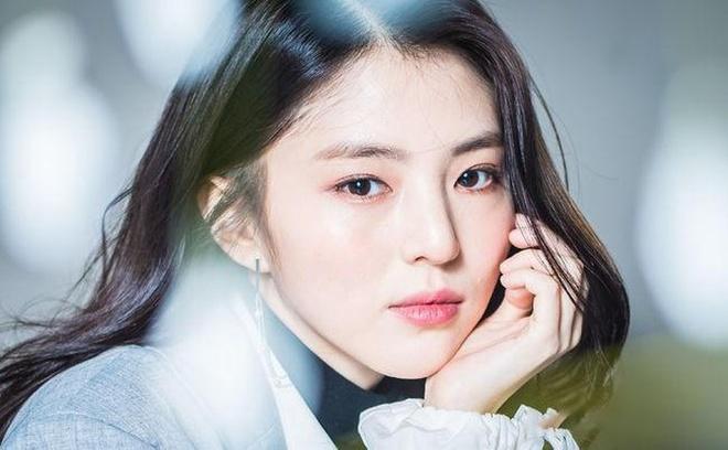 Nàng 'tiểu Song Hye Kyo' và vai gái hư giật chồng ở phim 19+-1