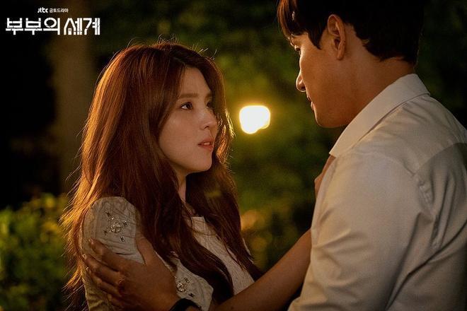 Nàng 'tiểu Song Hye Kyo' và vai gái hư giật chồng ở phim 19+-2