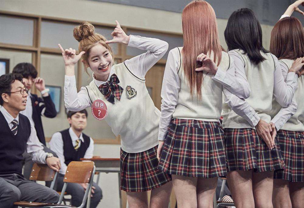 Style nữ sinh khác biệt của Twice, Red Velvet và BlackPink-2