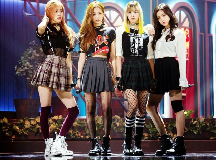 Style nữ sinh khác biệt của Twice, Red Velvet và BlackPink-9