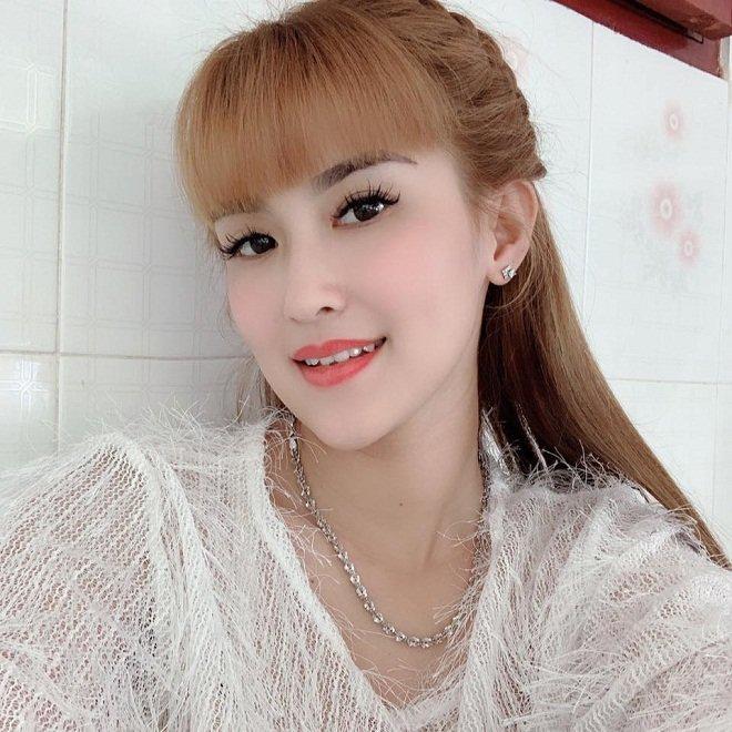 Từng náo loạn MXH vì đám cưới lệch 10 tuổi, cô dâu 9X lấy chú rể 2000 ở Tiền Giang giờ ra sao?-6