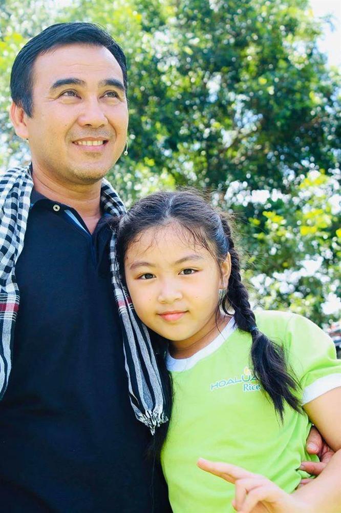 Quyền Linh khoe chiều cao vượt trội và nhan sắc như hoa hậu của con gái 14 tuổi-1