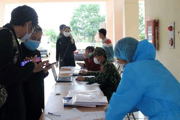 Ho sốt, thanh niên dọa vừa về từ Bạch Mai để trốn công an-1