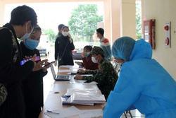 Ho sốt, thanh niên 'dọa' vừa về từ Bạch Mai để trốn công an