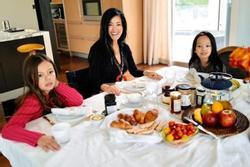 Cuộc sống của Hồng Nhung và cặp song sinh tại Mỹ